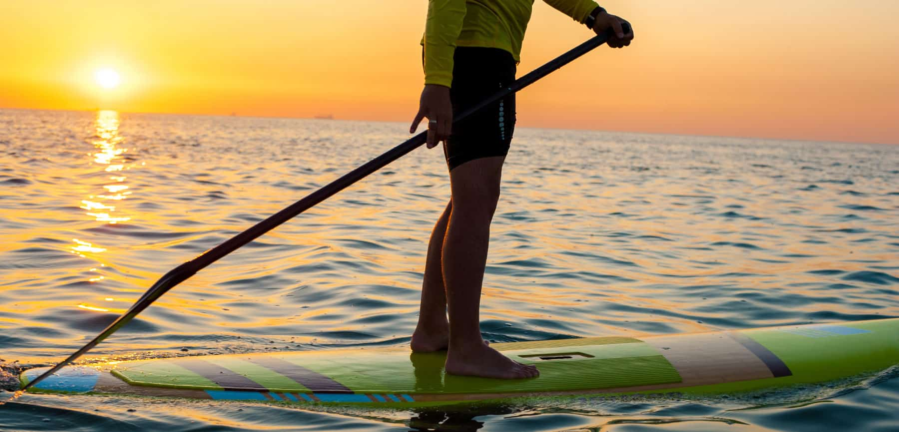 Stand Up Paddle Boarding in Pearl